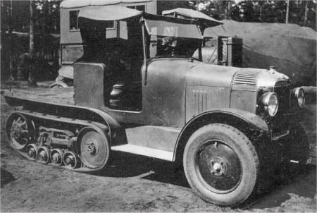 Kegresse 1920.jpg (44085 octets)